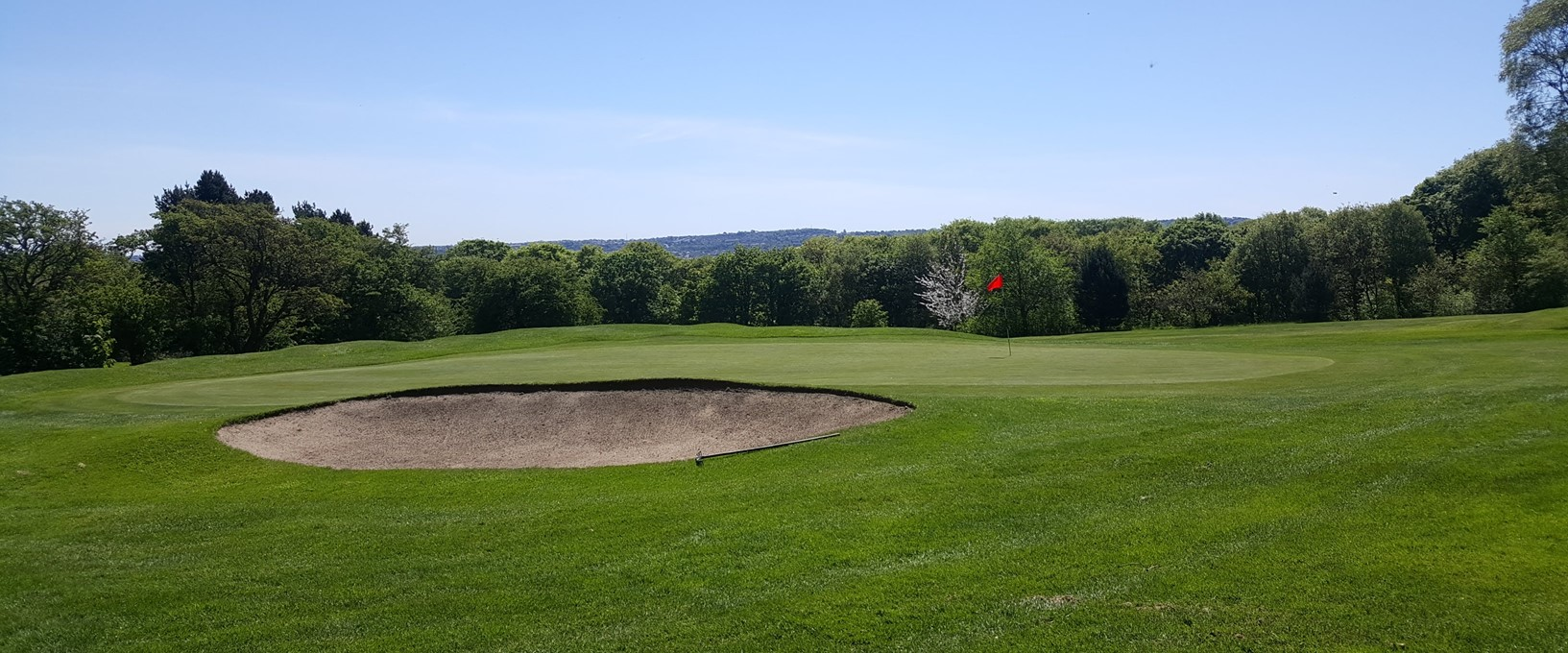A side view of the 6th green